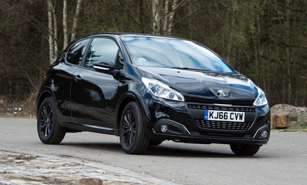Новый Peugeot 208 станет электрокаром