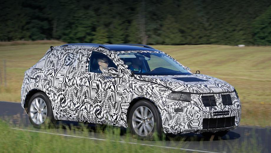 Продажи кроссовера Volkswagen T-Cross начнутся в 2018 году