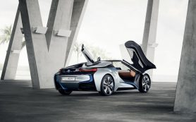 BMWi8Roadster официально покажут вЛос-Анджелесе