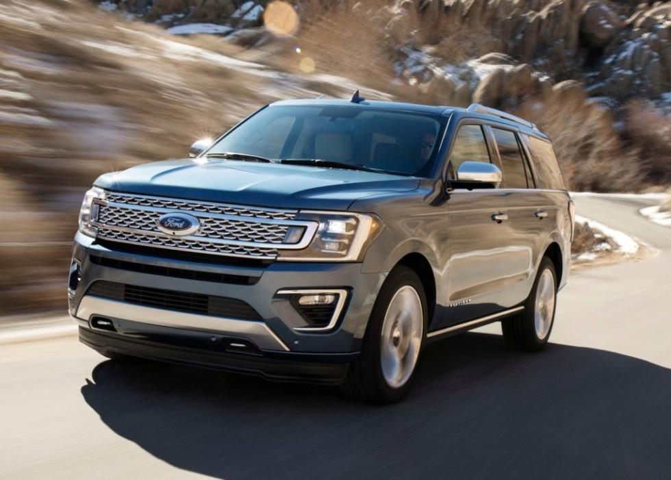 На кроссоверы Lincoln Navigator и Ford Expedition зафиксирован шквальный спрос