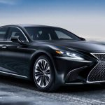 В России начались продажи нового седана Lexus LS
