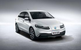 Daimler представил электромобиль Denza 500 для Китая