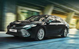 Новая Toyota Camry в России оказалась доступнее прежней