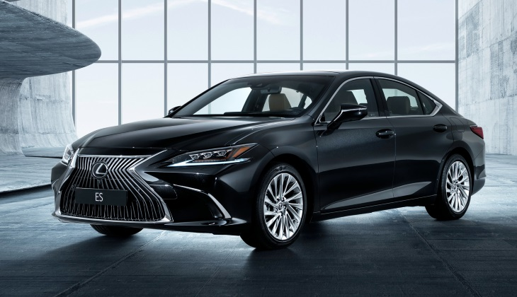Объявлены российские цены на новый седан Lexus ES