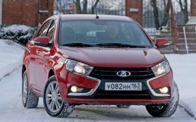 Lada Vesta: Стоит ли покупать трехлетний седан за 500 тысяч рублей