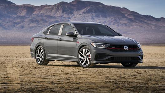 Официально представлен «заряженный» седан Volkswagen Jetta