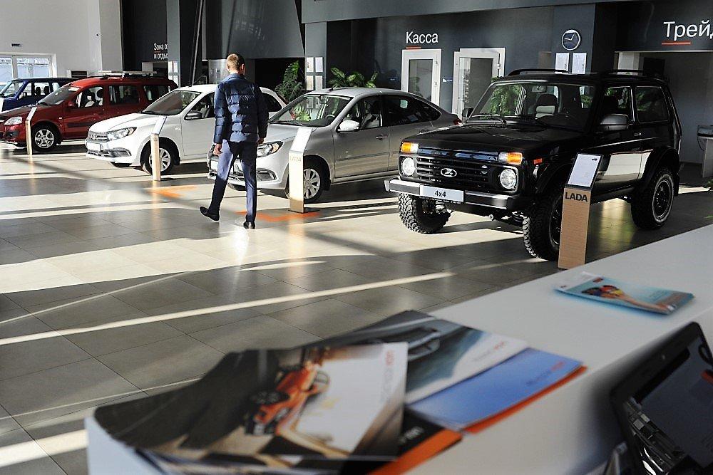 В РФ возобновят программы «Первый автомобиль» и «Семейный автомобиль»