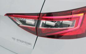 Обновленный Skoda Superb: появится и гибридная версия
