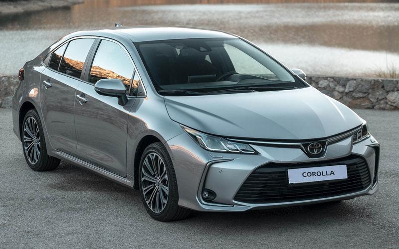 Toyota начала продажи новой Corolla