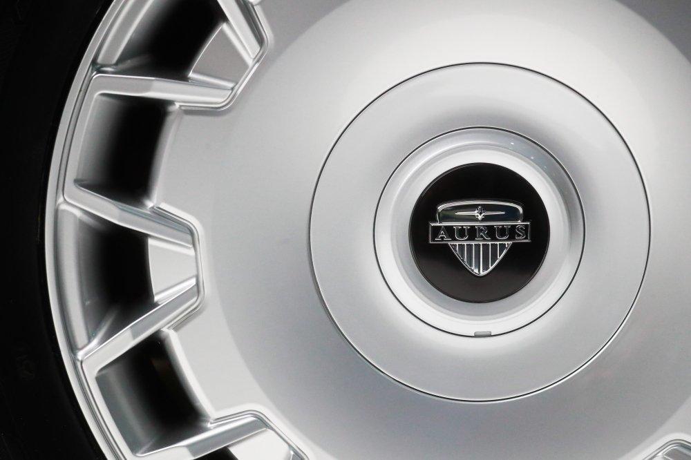 Lamborghini не увидела конкурента в Aurus
