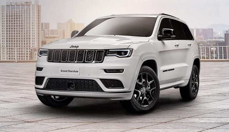 В России доступен внедорожник Jeep Grand Cherokee в спортивной версии