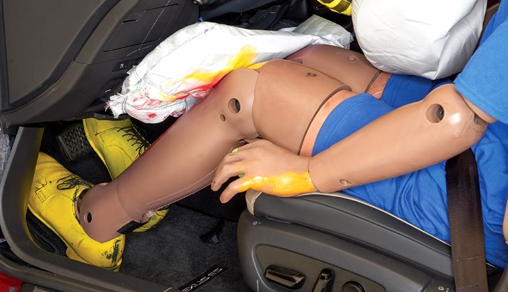 Бесполезная опция: подушки для коленей не помогают при авариях