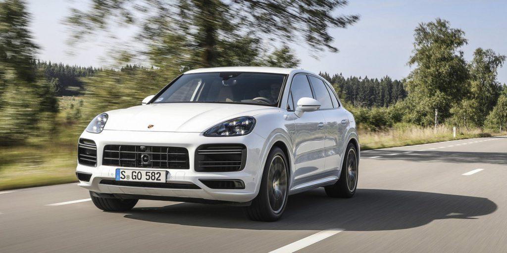Porsche представила мощнейший Cayenne в истории
