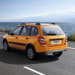 Как обновленную LADA Granta Cross оценили россияне: мнения блогеров и обычных автовладельцев