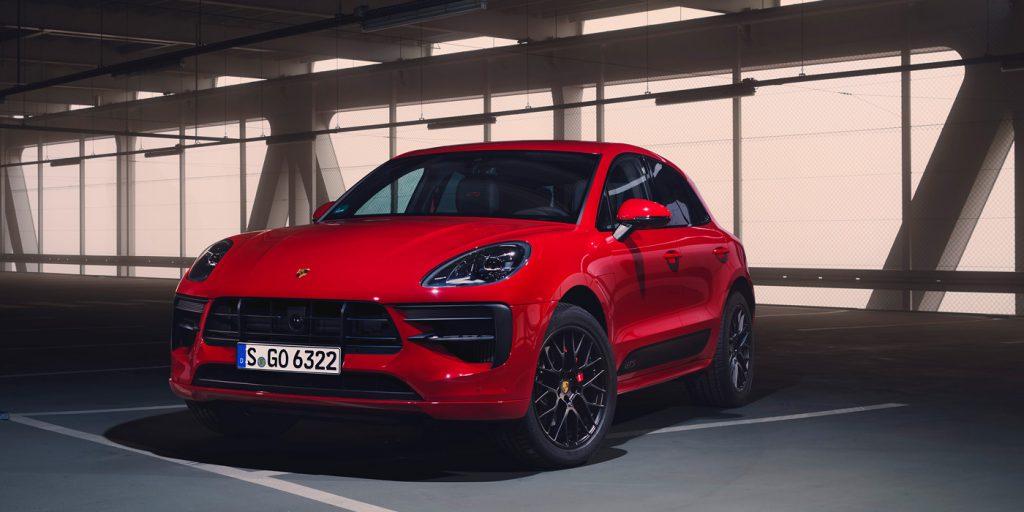 Porsche назвал рублевые цены на обновленный Macan GTS