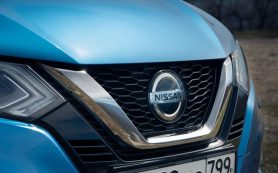 Nissan сокращает выпуск автомобилей в России