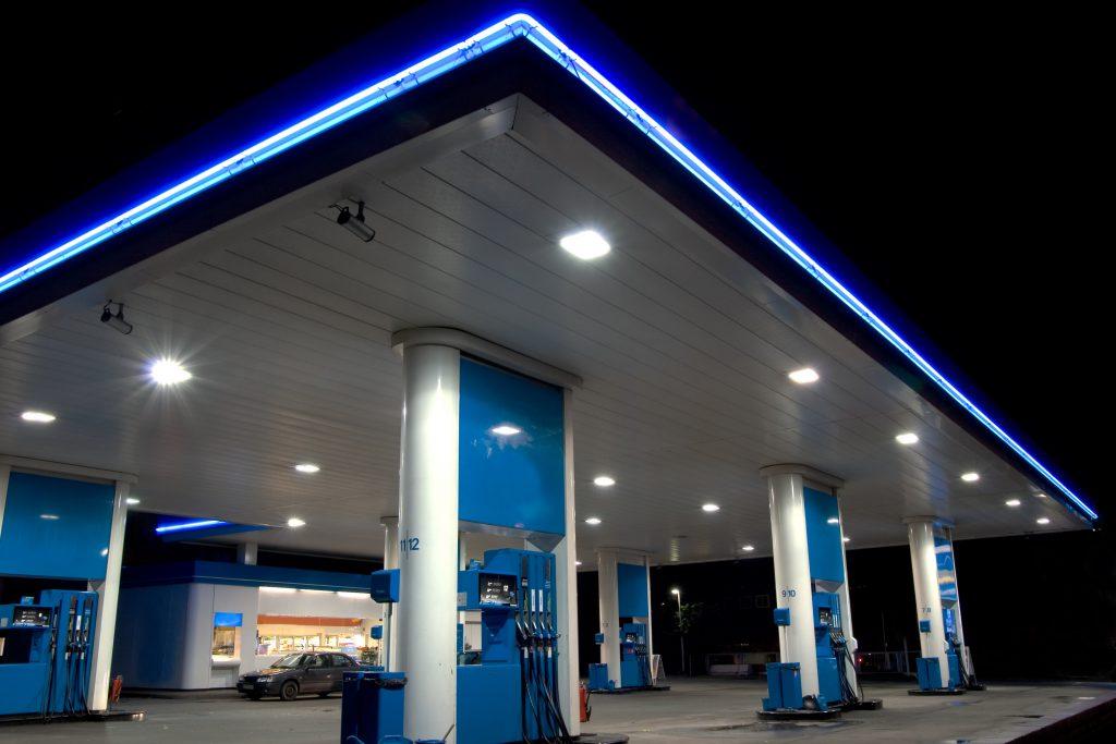 Падение цен на нефть не отразится на стоимости бензина в России