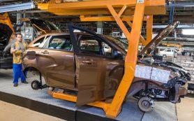 АвтоВАЗ приостановит производство автомобилей в Ижевске