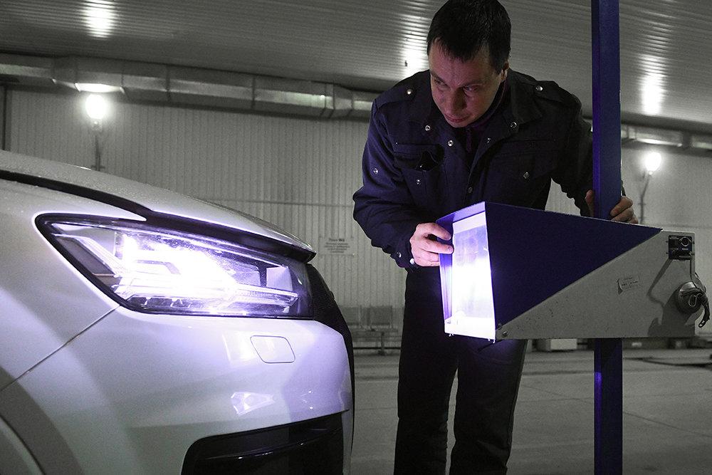 Правительству предлагают разрешить продажу и техобслуживание машин и отложить техосмотр