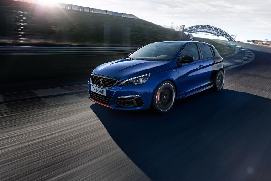 Peugeot 308 превратят в 300-сильный гибрид