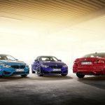 В мае продажи новых машин в России упали вдвое