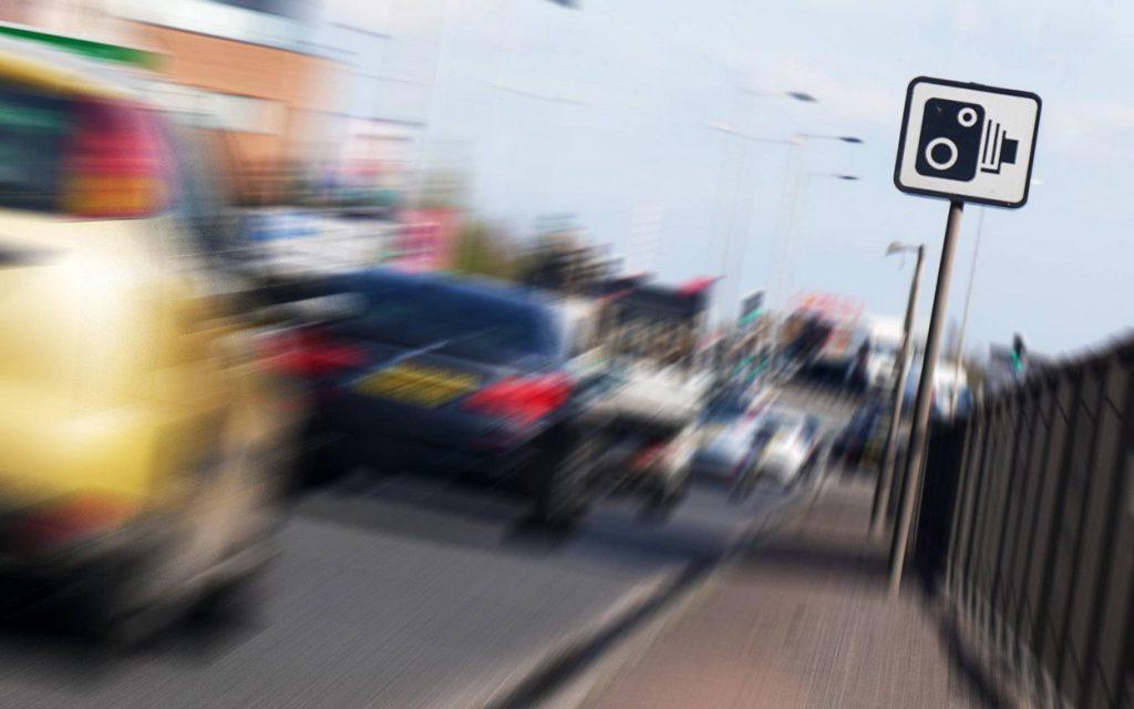 В Госдуме предложили штрафовать мотоциклистов за движение между рядами