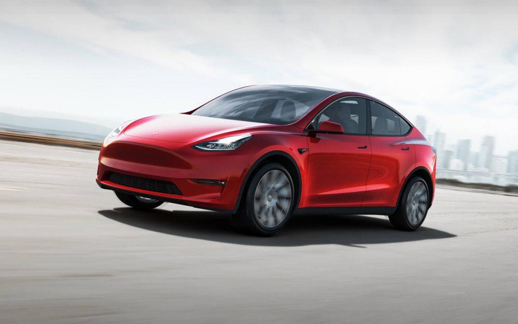 Tesla снизила стоимость нового кроссовера Model Y
