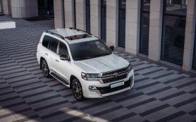 Toyota обновила топовую версию Land Cruiser 200 в России