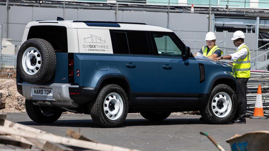 Land Rover показал Defender в кузове фургон