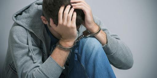 Причина и условия преступности несовершеннолетних