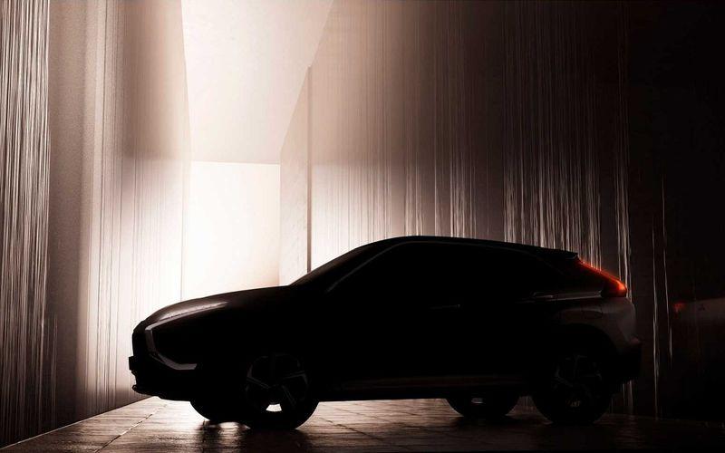 Mitsubishi обновляет Eclipse Cross. Первый тизер