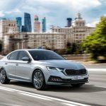 Skoda уточнила цены новой Octavia в России с турбомотором