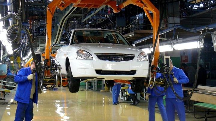 «АвтоВАЗ» вновь поднял цены на автомобили