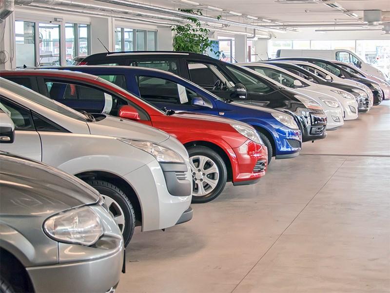 Автомобильный рынок показывает рост. Рано радуемся?