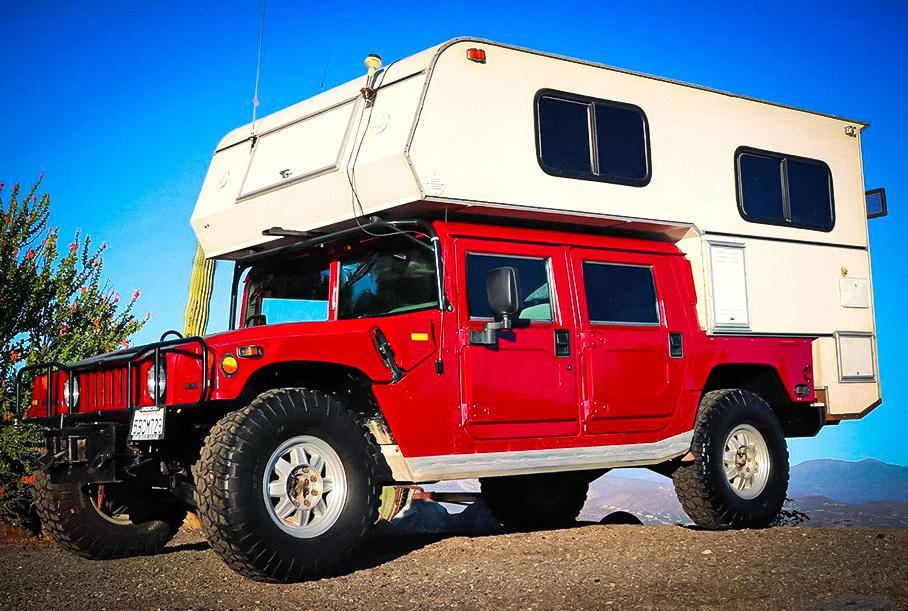 Посмотрите на дом на колесах на базе 20-летнего Hummer