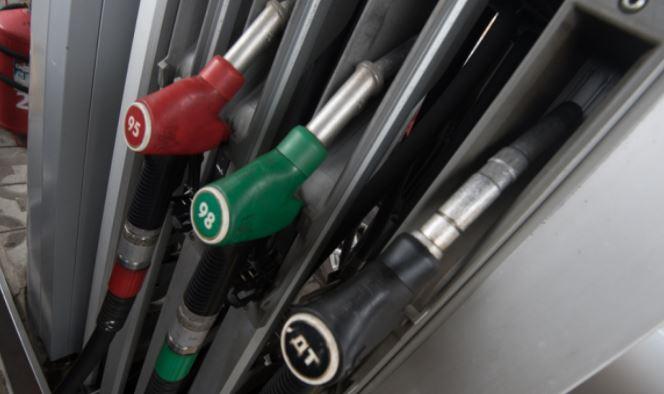 Водителям рассказали, какой бензин лучше использовать в мороз