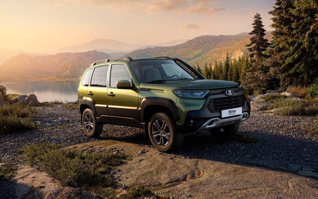 7 новинок России: от обновленной Lada Niva до суперседана BMW