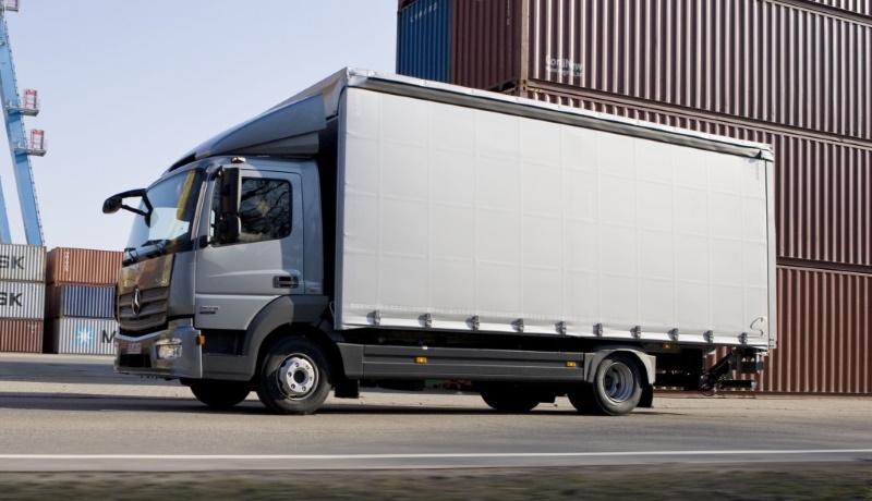 «СберАвтопарк» передал фармацевтической компании «Петровакс» первый грузовой автомобиль