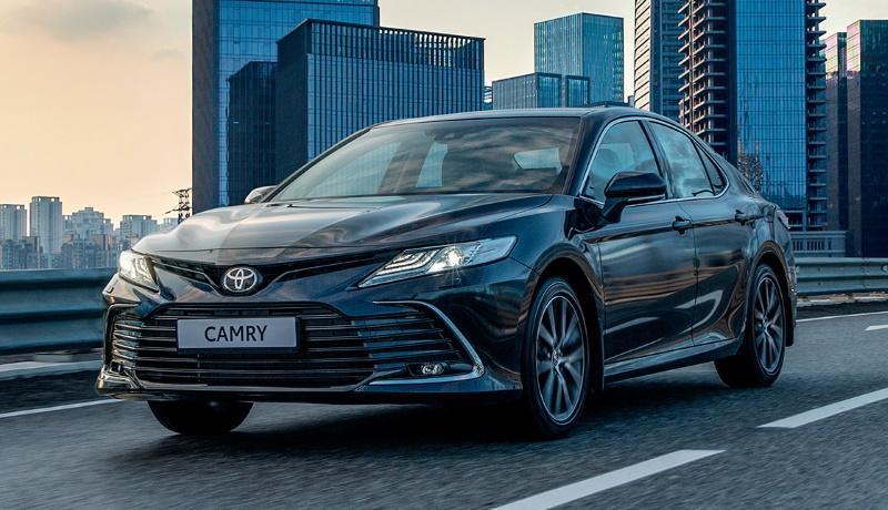 Обновленная Toyota Camry для России представлена официально