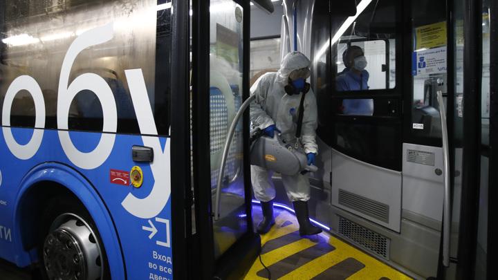 Общественный транспорт в Москве будут дезинфицировать до 2022 года
