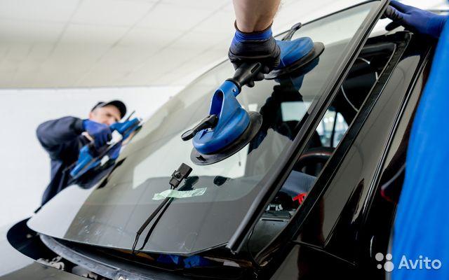 Услуги по замене автомобильных стёкол от компании «Автотриплекс»
