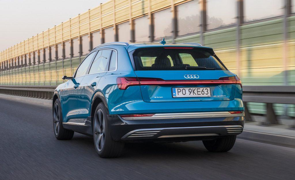 Audi готовит очередную новинку для Европы: первое изображение Q2 e-tron