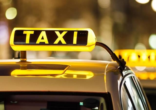 Правильное начало отпуска – вызов такси в Крыму