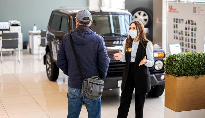 Машин не хватает! Продажи новых автомобилей в России упали на 17%