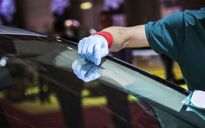 Покупать или отремонтировать лобовое стекло на внедорожнике Хендай?